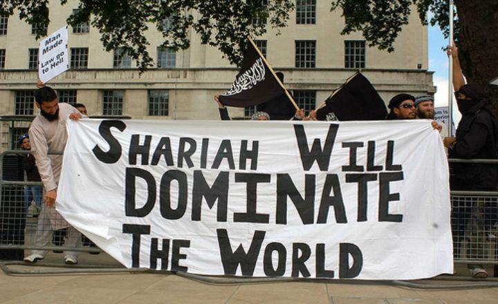 Médias : Musulman, donc victime ?