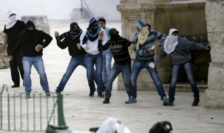 Des dirigeants palestiniens et arabes israéliens soutiennent le «Mouvement Islamique» et la violence à Jérusalem. Ils appellent à une 3e Intifada