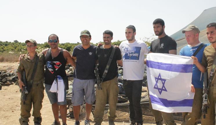Europe Israël livre un second convoi de matériel aux soldats israéliens à Gaza