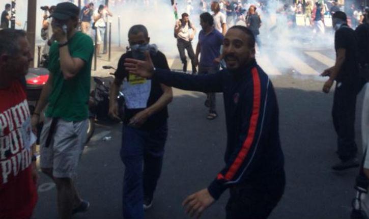 Exclusif: Violents affrontements entre les islamistes et les forces de l'ordre à Barbés !