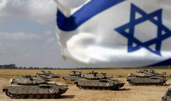 Avigdor Lieberman lors d'exercices militaires : «la prochaine confrontation se finira par une victoire nette et sans appel de Tsahal et de l'Etat d'Israël»