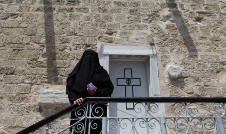 Gaza : le Hamas utilise une église pour lancer ses roquettes sur Israël (vidéo)