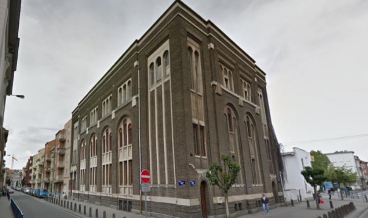 Incendie criminel d'une synagogue à Bruxelles (Anderlecht) : trois personnes intoxiquées (vidéo)