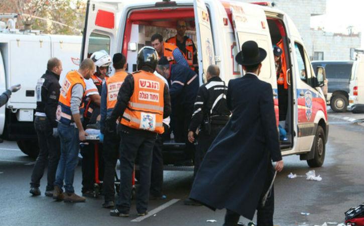 Flash info : Une attaque terroriste islamiste dans une synagogue à Jérusalem aurait fait 4 morts et une dizaine de blessés.