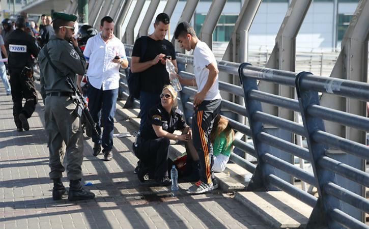 Info terrorisme arabe : Un soldat israélien poignardé à la gare de Tel Aviv est décédé des suites de ses blessures