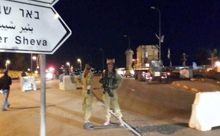 Alerte attentat : Trois soldats de Tsahal blessés dans une attaque terroriste à la « voiture bélier » en Judée et Samarie