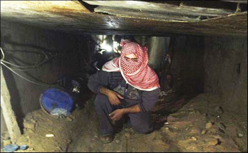 Les pluies diluviennes sur Gaza sont susceptibles d'avoir noyé les tunnels.