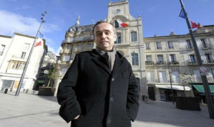 Robert Ménard/Béziers : Hanouccah fêtée en mairie à côté de la crèche