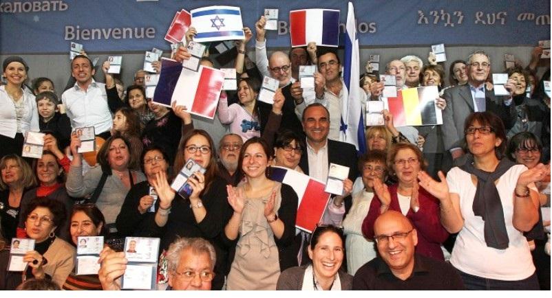 Pourquoi de plus en plus de juifs quittent la France. Par G.W. Goldnadel