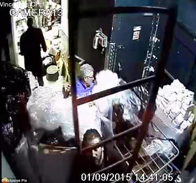 Coulibaly oblige les otages à désactiver les caméras