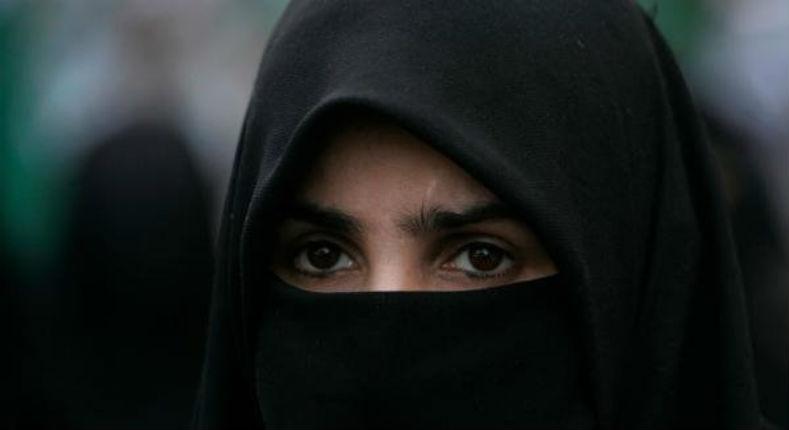 Genève veut Bannir la burqa