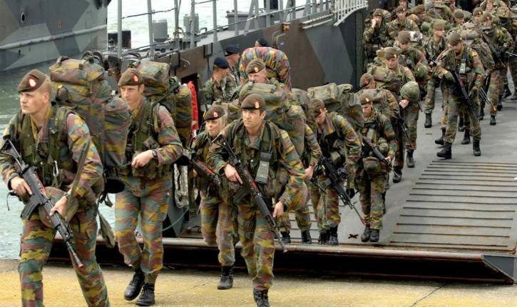 Para-commandos déployés en Belgique