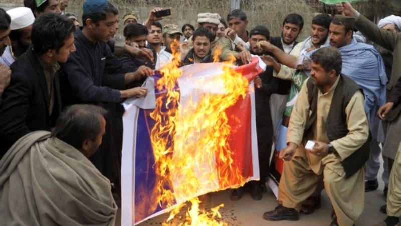 Tant de haine musulmane pour des caricatures est porteuse des germes sombres des desseins de l'Islam pour l'Humanité.