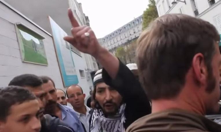 [Vidéo] Appel à la haine d'un islamiste: «Ca va pêter en France ! J'en rêve» «On va se lever dans nos quartiers ! Allah Wakbar»