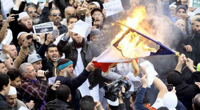 Pour 84% des palestiniens, Israël a organisé les attentats de Paris (Sondage)