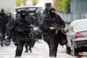 policiers du RAID France