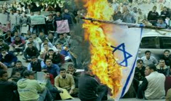 La propagande anti-israélienne de l'Occident encourage le terrorisme contre les Juifs