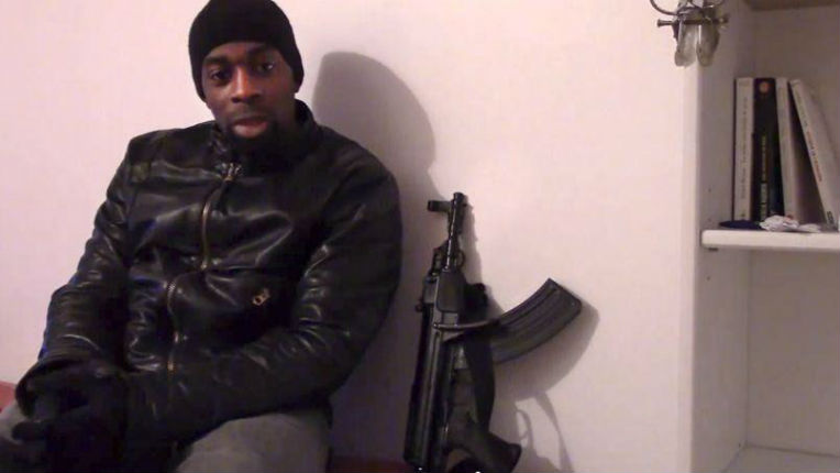 «Venez tous ici, ou sinon j'les tue tous !» : la vidéo de Coulibaly dans l'Hyper Cacher