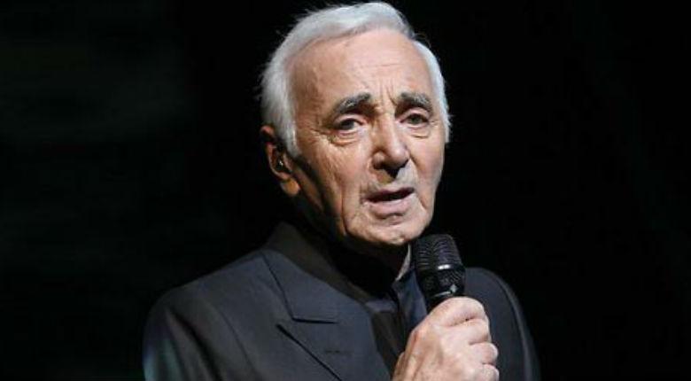 Israël : le président Rivlin a décerné la médaille Raoul Wallenberg à Charles Aznavour pour l'aide apportée par sa famille à des juifs pendant la guerre