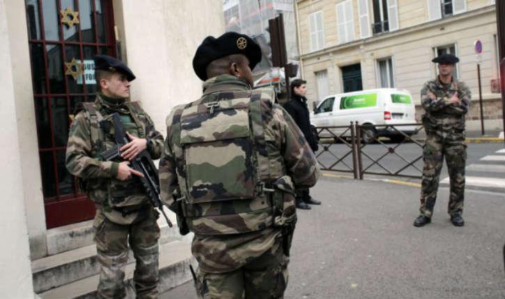 France: Six lycées parisiens visés par de nouvelles menaces d'attentat