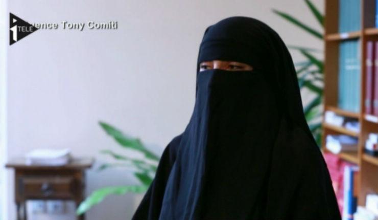 Scandale: 2500 euros d'allocations pour la sœur islamiste de Mohamed Merah qui vit en Algérie