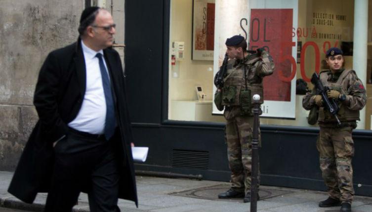 Antisémitisme: Insultes, regards, menaces. Je suis juif, aujourd'hui, j'évite certains quartiers de Paris