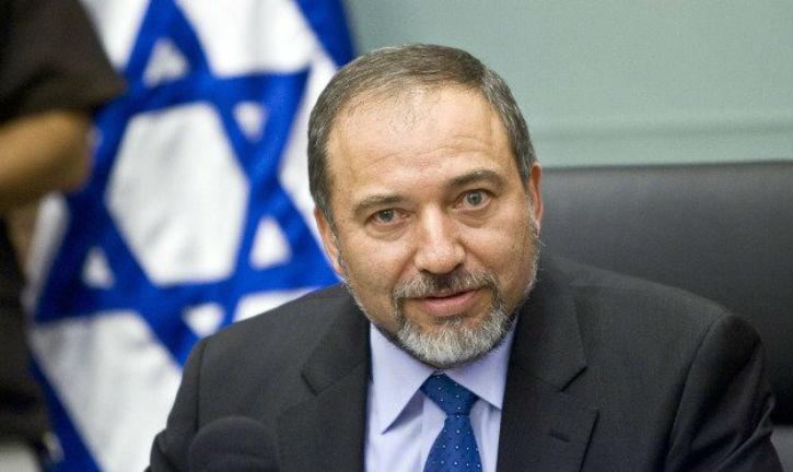 [Vidéo] Lieberman «je veux la peine de mort pour les terroristes» «Toute l'idée du sionisme est de ramener la majorité du peuple juif en Israël»
