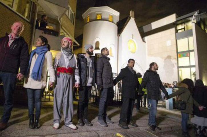Copenhague: La chaîne d'amour de «1000 musulmans» autour de la synagogue, c'était trop beau, c'était surtout trop faux…
