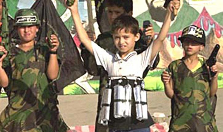 Horreur: l'Etat islamique utilise des enfants non-musulmans comme bombe humaine télécommandée
