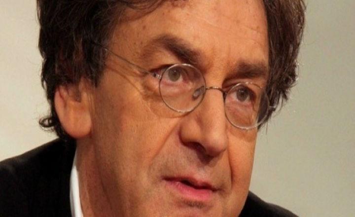 Deux membres du PS saisissent le CSA contre Alain Finkielkraut pour l'utilisation du terme ''Français de souche''