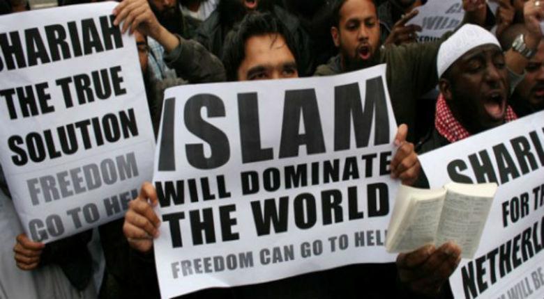 Les juifs et la liberté d'expression, chère à nos sociétés, sont les deux premières cibles de l'Islam radical ! L'Europe doit éradiquer cette idéologie