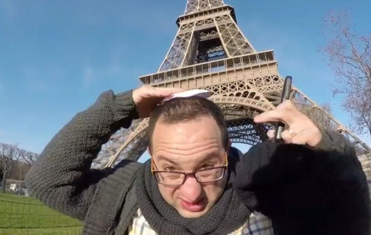 [Vidéo]: Un juif se promène dans Paris avec une Kippa, quelle sera la réaction de la population ?