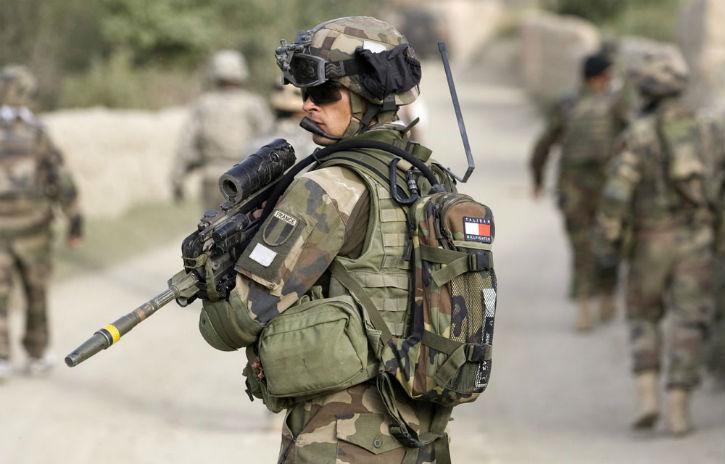 Etat islamique: Plus d'une centaine de militaires français bientôt sur le sol irakien