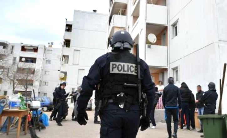 La liste des quartiers sensibles de France où règnent la délinquance, les dealers, les armes et les islamistes… Les zones de non-droit !