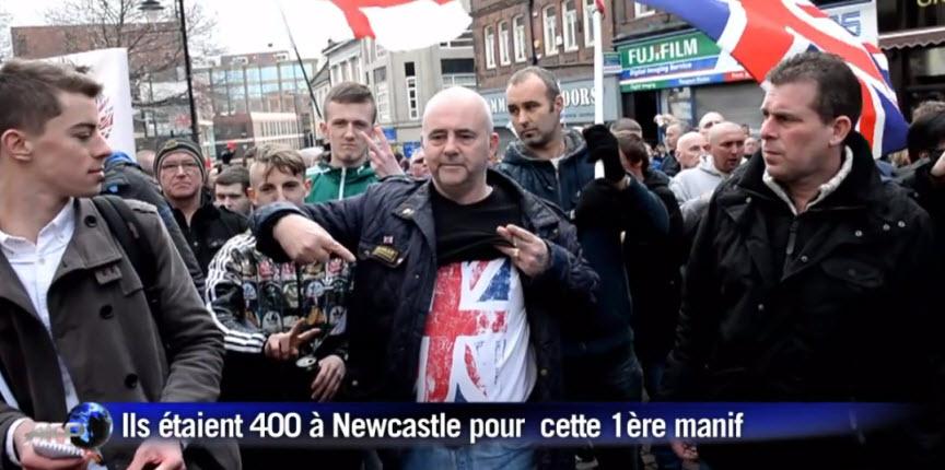 [Vidéo] Angleterre: 1er rassemblement des anti-islam de Pegida