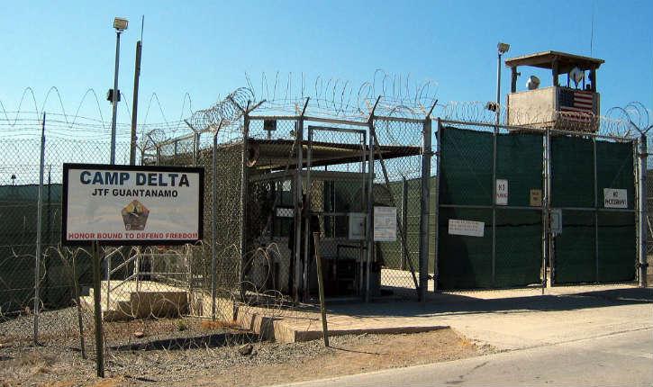 Guantanamo : Donald Trump s'oppose à Barack Obama sur le transfert de détenus de Guantanamo vers d'autres pays