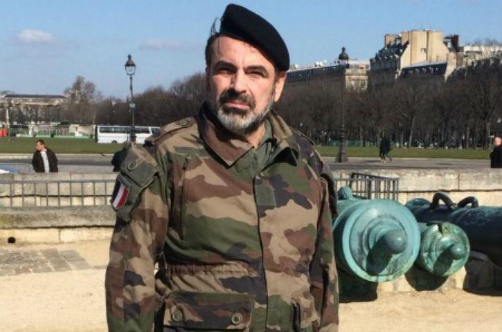 Pourim : Joël Mergui en treillis en hommage aux soldats qui gardent les sites juifs