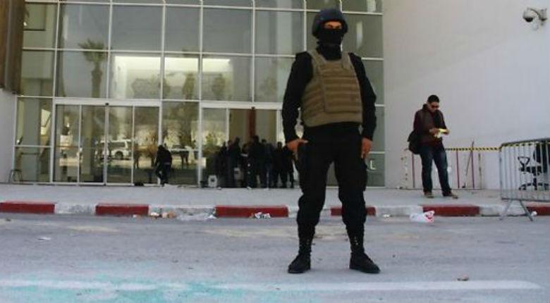Attentat islamiste de Tunis : «Les gardes étaient au café», «il n'y avait pas de police autour du Parlement et autour du musée»