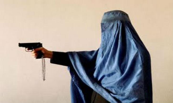 [Vidéo] Des hommes en burqa braquent une bijouterie à Martigues
