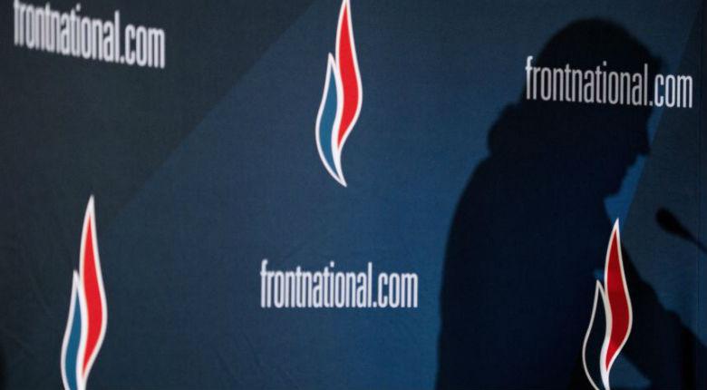 Yvelines: Une candidate FN de 83 ans violemment agressée alors qu'elle colle des affiches