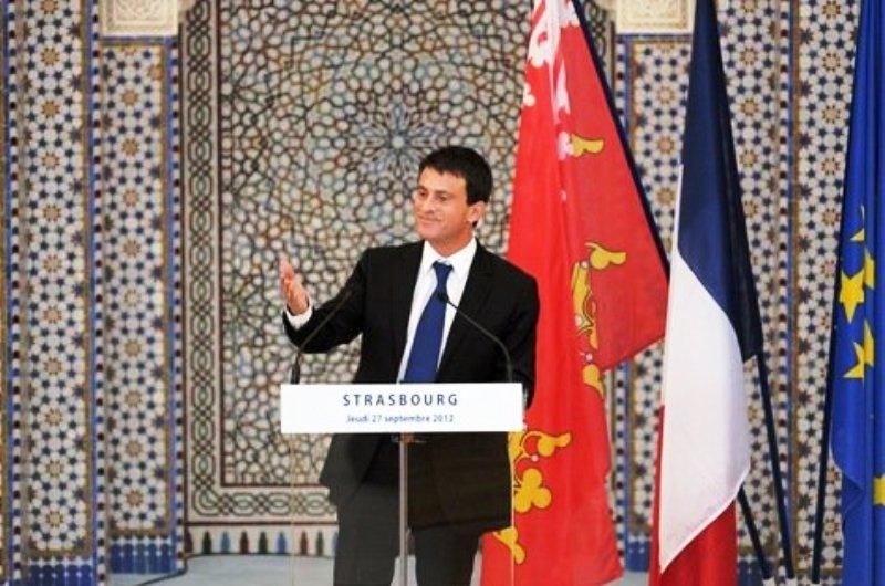 Monsieur Valls : En quoi défendre la France contre les envahisseurs musulmans relève du racisme et du fascisme?