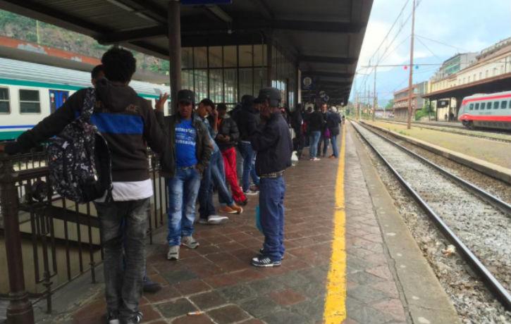 Italie : train en partance pour l'Europe du Nord pris d'assaut par des clandestins Erythréens