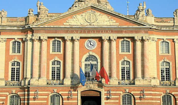 Le maire de Toulouse, Jean-Luc Moudenc (UMP) interdit une conférence boycottant les produits Israéliens