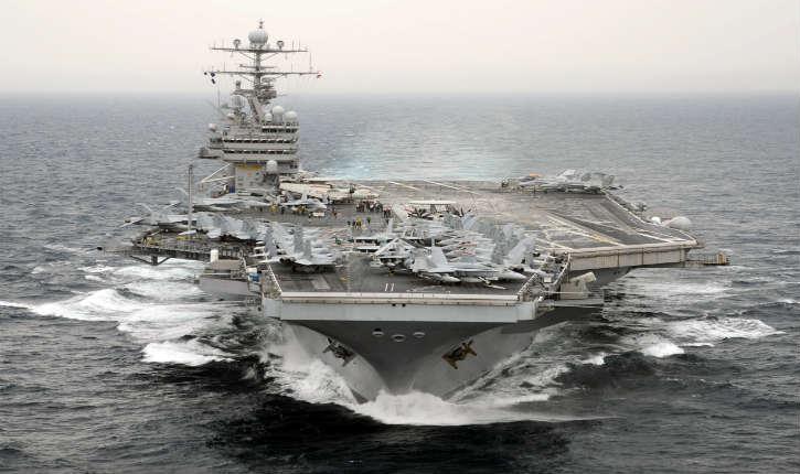 Coronavirus: le commandant du porte-avions nucléaire américain USS Theodore Roosevelt appelle à l'aide