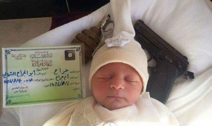 Un bébé de 21 mois devra se présenter en personne au comptoir pour confirmer son identité avant chaque vol