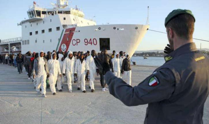 Italie: Détention des migrants accusés d'avoir jeté douze chrétiens à la mer