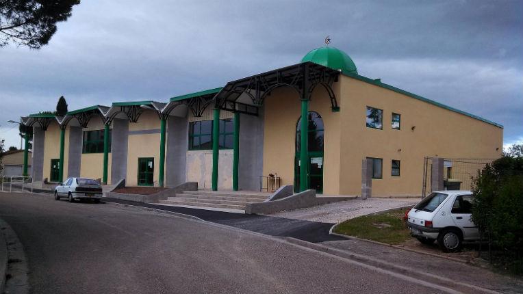 Drôme: 4 lycéens mis en examen pour avoir projeté «une action» contre une mosquée