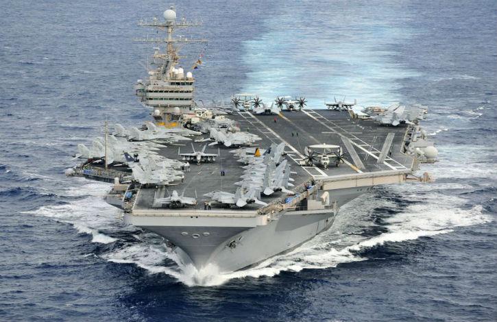Un porte-avions américain en route vers la Corée du Nord