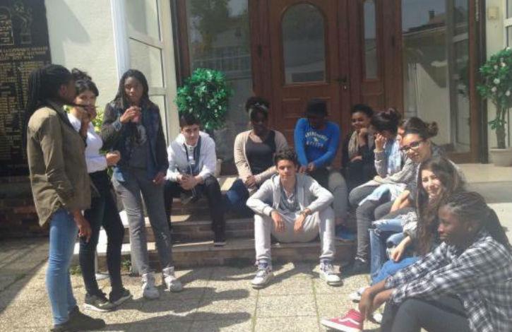 Paris: Des élèves musulmans du collège Pailleron sur les pas de l'Islam et du Judaïsme