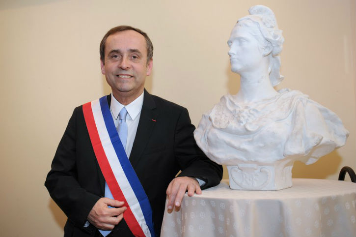 Coup de gueule de Robert Ménard : «L'État refuse à la ville de Béziers de dépister gratuitement les gens du Covid-19 !» (Vidéo)